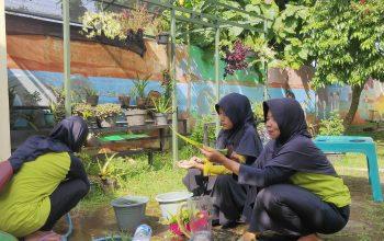 Kreatif, TK Muslimat NU Gondang Buat Hand Sanitizer Sendiri