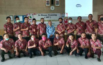 Kepala Cabang Dinas Pendidikan Wilayah XII Buka IHT Kurikulum di SMK Gondang